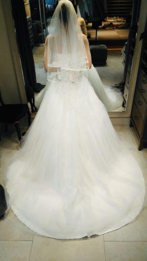 フォーシスアンドカンパニー ウェディングドレス クリスタル